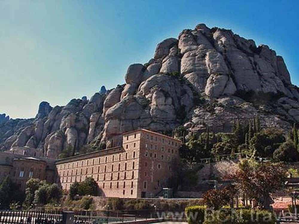 Montserrat Tapas Wine Tour 5res 1