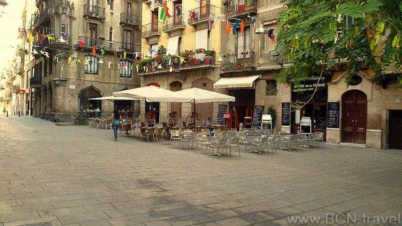 La Ribera El Born Plaza 800px