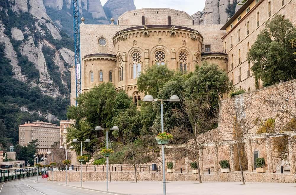 Tour por la tarde de Montserrat con rueda dentada tren 6res