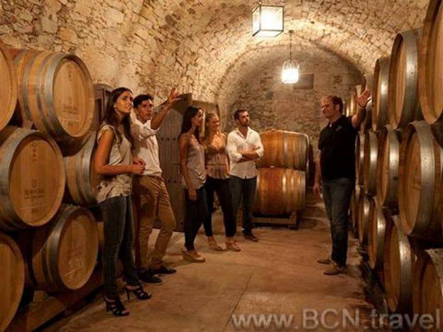 Montserrat, Essen & Wein Tour 5res