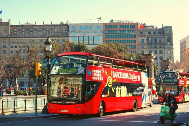 Experience the Barcelona Bus City Tour