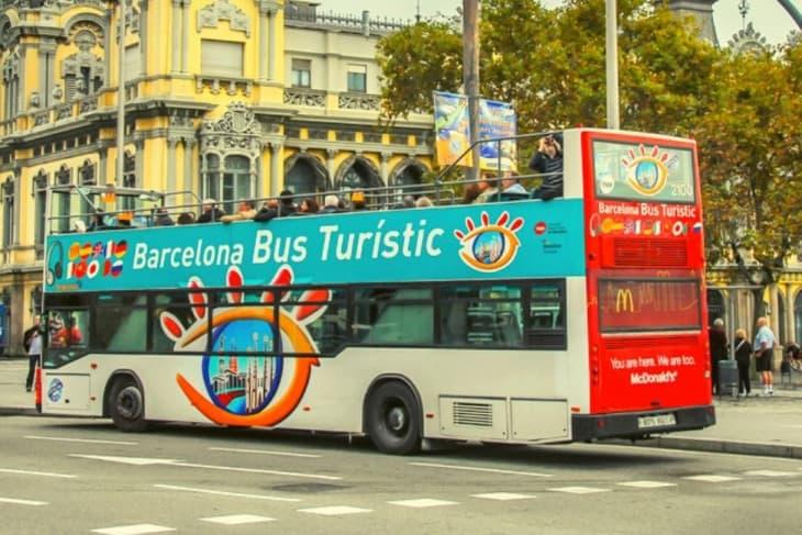Ride a Barcelona Bus Turistic