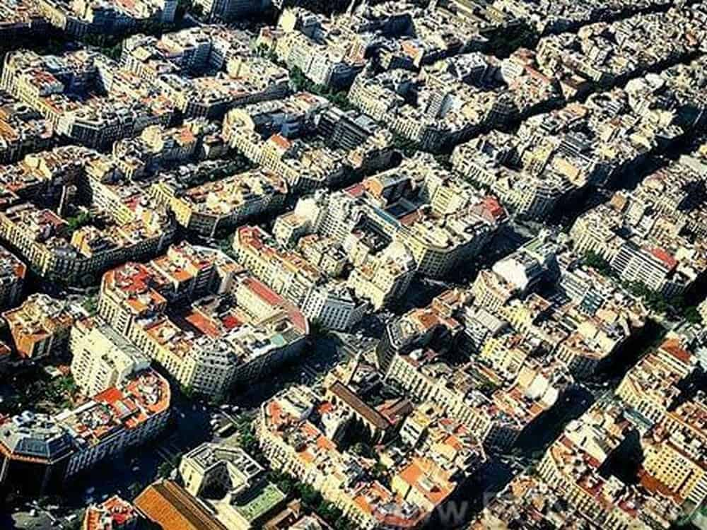 Barcelona Helicopter Tour 5res 1
