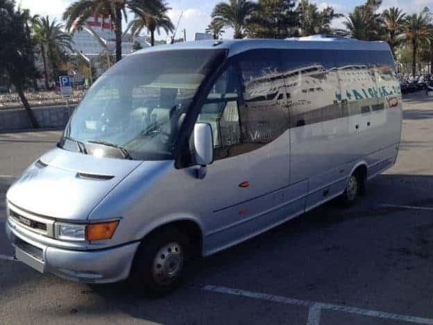 Barcelona Shuttle Bus 1