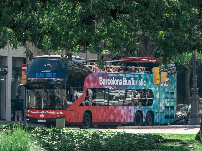 Barcelona hop on hop off Bus Turistic (10% Discount!) 27€ | BCN.travel
