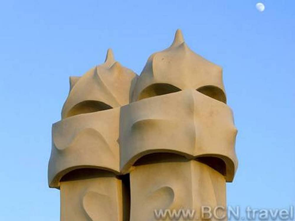 The famous chimneys of Casa Mila