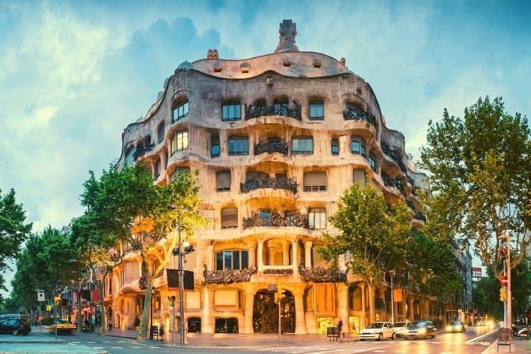 La Pedrera Barcelona Bus City Tour