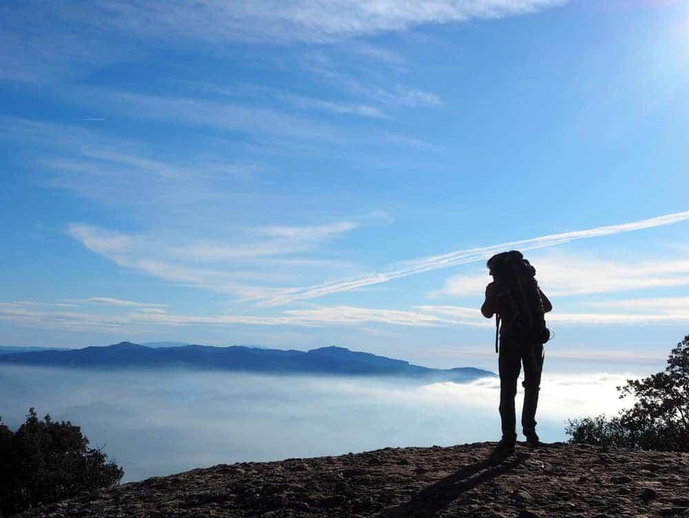 Experiencia de senderismo en Montserrat 1 2
