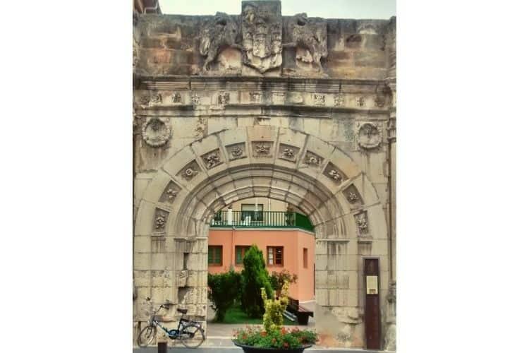 Palace Aguilar