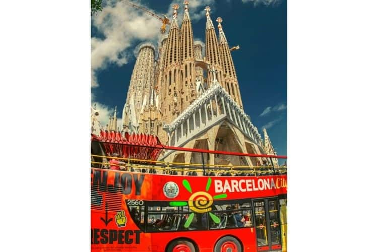 Sagrada Familia Barcelona Bus City Tour