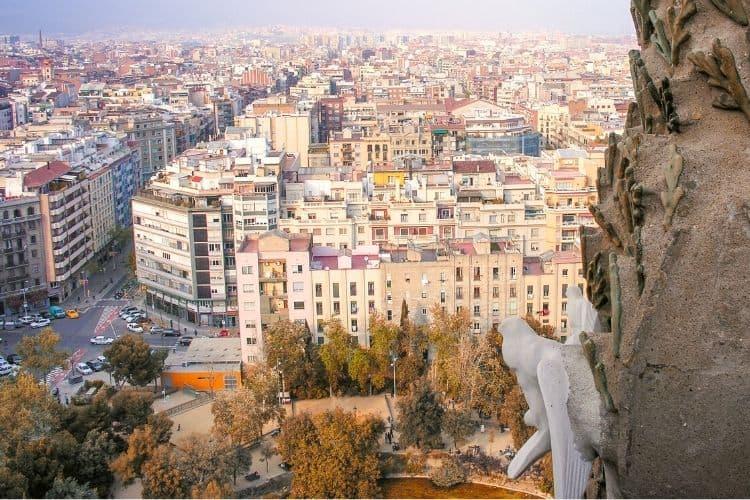 Travel to Barcelona: Shoulder Season In Barcelona