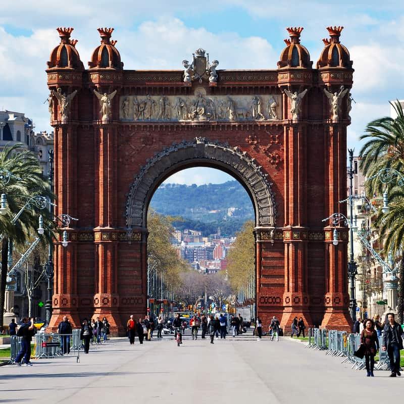 Barcelonas Arc De Triomf