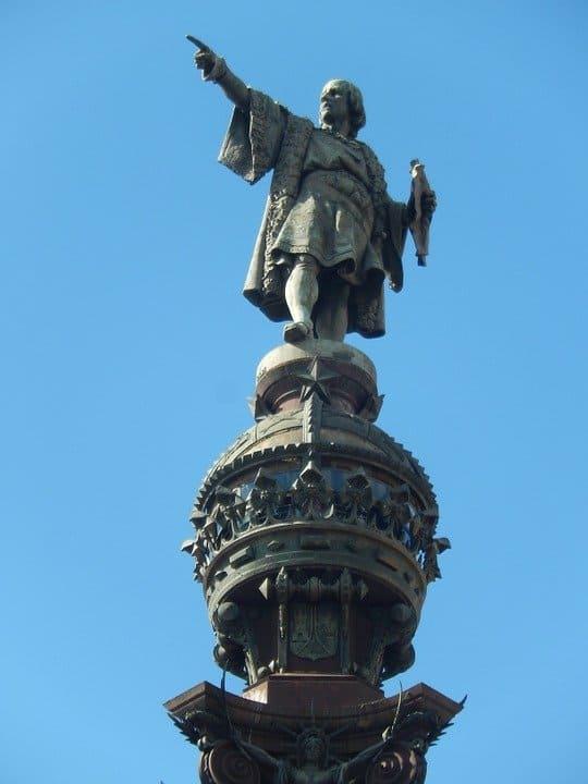 Cristóbal Colón 996588960720