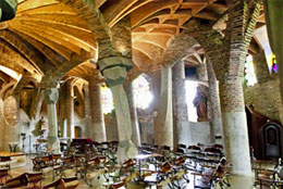 cripta-Colonia-Güell
