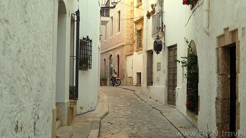 sitges-cobble-stone-streets-800px